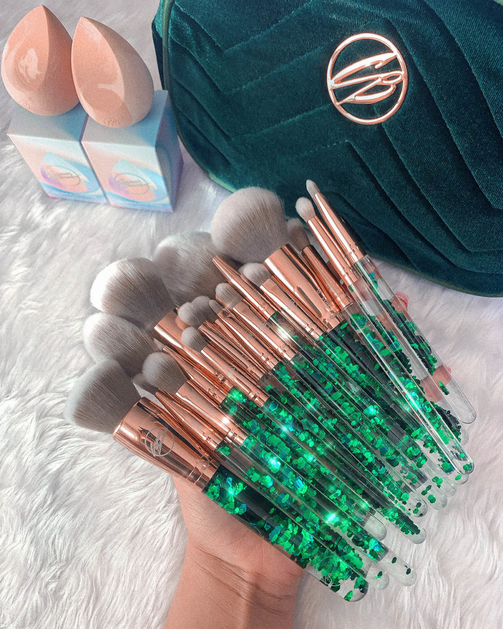 Emerald Makeup brushes